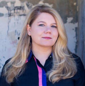 Dr Lara Hono Webb